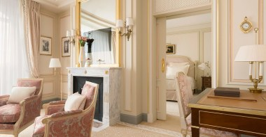 ritz-paris-hotel-suite-executive-2_0