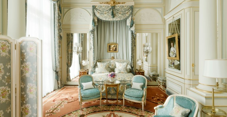 ritz-paris-hotel-suite-imperiale-chambre1_0